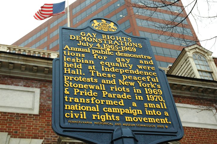 Standing directly across the street from Independence Hall and the Liberty Bell Center at 6th and Chestnut Streets, this historic marker was erected to coincide with the 40th anniversary of the first Annual Reminder, a demonstration led by gay activists on July 4 from 1965 to 1969. Credit: Photo by K. Ciappa for Visit Philadelphia™
