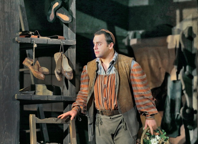 Great Performances at the Met: Die Meistersinger von Nürnberg: Paul Appleby as David in Wagner's Die Meistersinger von Nürnberg. Photo: Ken Howard/Metropolitan Opera