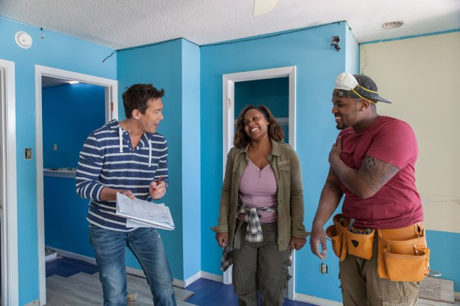 David Bromstad (left), with contestants on HGTV's Beach Flip.  (Image courtesy of HGTV)