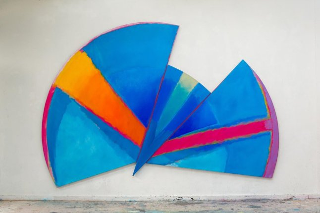 TREVOR BELL, Blue Radial, 1985, Acrylic on canvas, 96 x 140 in