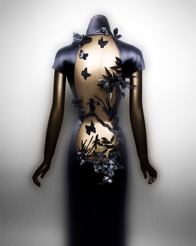 Evening dress, Jean Paul Gaultier (French, born 1952), autumn/winter 2001-2 haute couture; Courtesy of Jean Paul Gaultier Photo: Courtesy of The Metropolitan Museum of Art, Photography © Platon