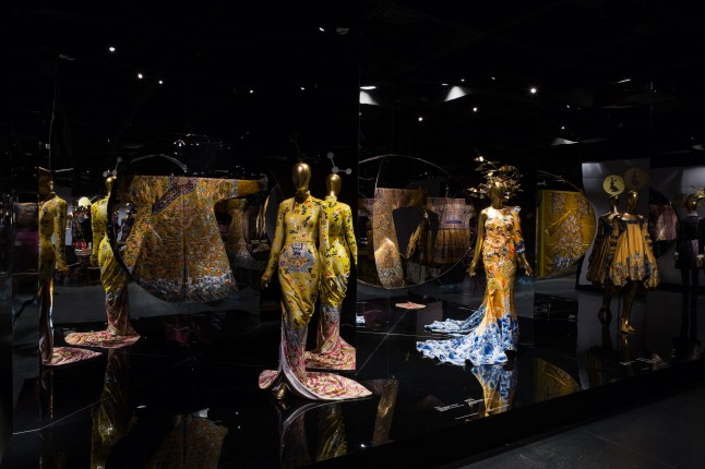 Gallery View Anna Wintour Costume Center, Imperial China Photo: © The Metropolitan Museum of Art
