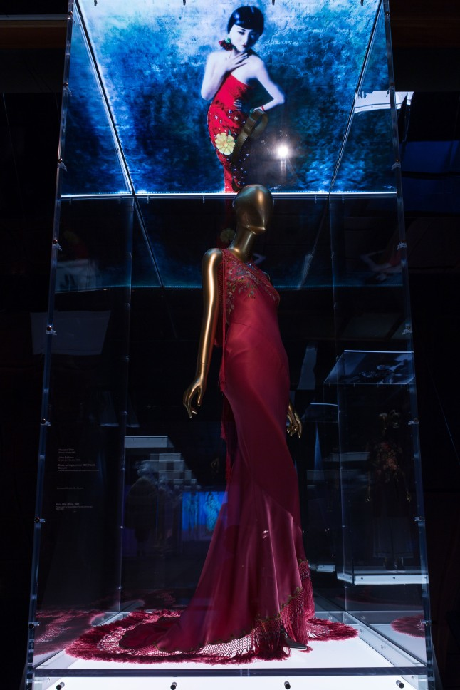 Gallery View Chinese Galleries, Astor Forecourt, Anna May Wong Evening dress, John Galliano (British, born Gibraltar, 1960) for House of Dior (French, founded 1947), autumn/winter 1998–99 haute couture; Courtesy of Christian Dior Couture Photo: © The Metropolitan Museum of Art