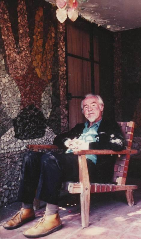 Conlon Nancarrow next to one of Juan O' Gorman's murals at his studio, circa 1980s. Courtesy the artist's estate
