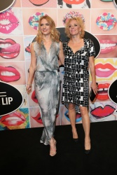 Katja Riemann and her daughter Paula Riemann (L) during the presentation of 'Art of the Lip' by MAC Cosmetics at Haus der Kunst on June 24, 2015 in Munich, Germany.  (Photo by Gisela Schober/Getty Images)