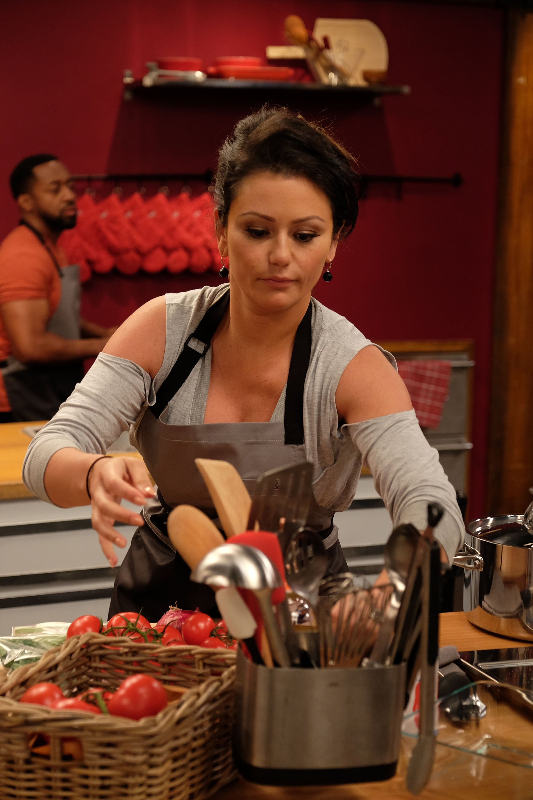 Worst Cooks In America Returns With A Twist - Celebrity ...