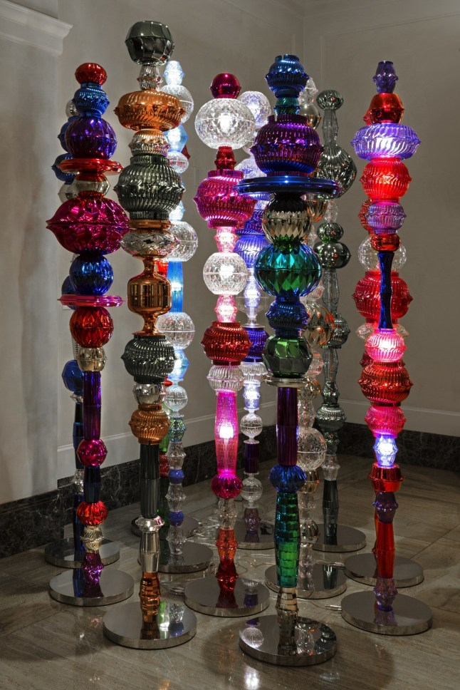 The Peninsula Chicago debuts art installation by renowned Korean artist Choi Jeong Hwa for Expo Chicago (PRNewsFoto/The Peninsula Chicago)