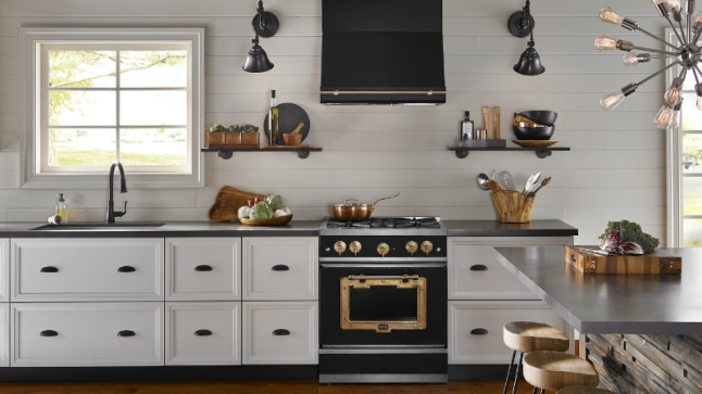 Big Chill Ushers in a New Era of Style to the Kitchen: Introducing the Big Chill Classic, Industrial Style, American by Design (PRNewsFoto/Big Chill)