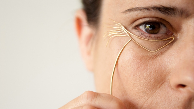 Jewelry That Celebrates Wrinkles Instead Of Hiding Them