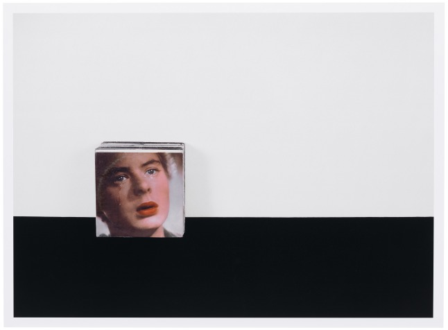 Anne Collier, Crying, 2005, Chromogenic print, 99.1 x 134 cm, Solomon R. Guggenheim Museum, New York, Purchased with funds contributed by Mr. and Mrs. Aaron M. Tighe 2005.47 © Anne Collier