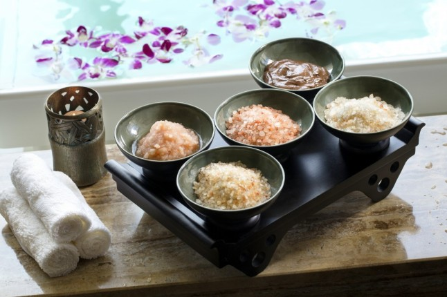 The Kushali Himalayan Crystal Salt Scrub at The Peninsula Spa New York. Courtesy of The Peninsula Spa New York)