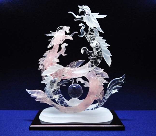 Yamanashi Crystal Art Sculpture Cooperative: Glittering Translucent Art Piece (PRNewsFoto/UBM Asia Ltd., Taiwan Branch)