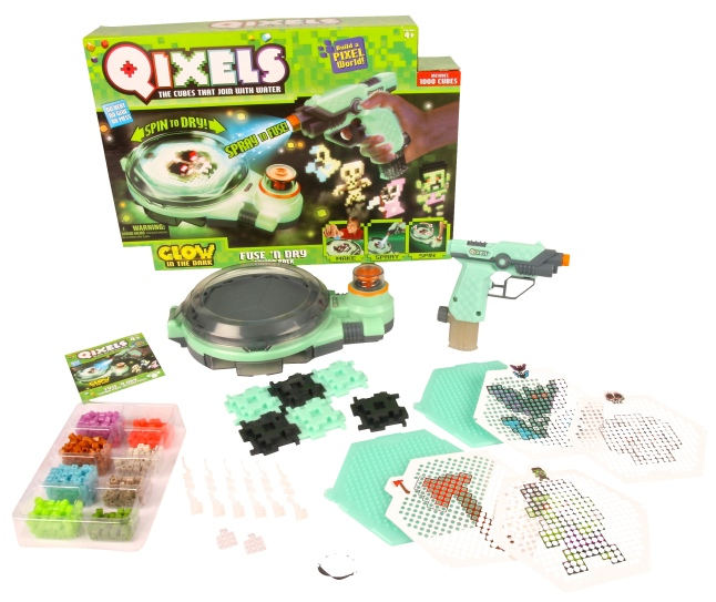 Qixels Glow-in-the-Dark Quick Fuse N Dry Combo Pack from Moose Toys