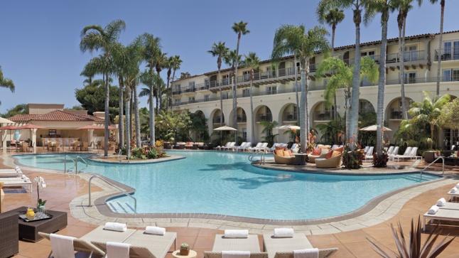 Soak in sun and refreshment at The Ritz-Carlton, Laguna Niguel