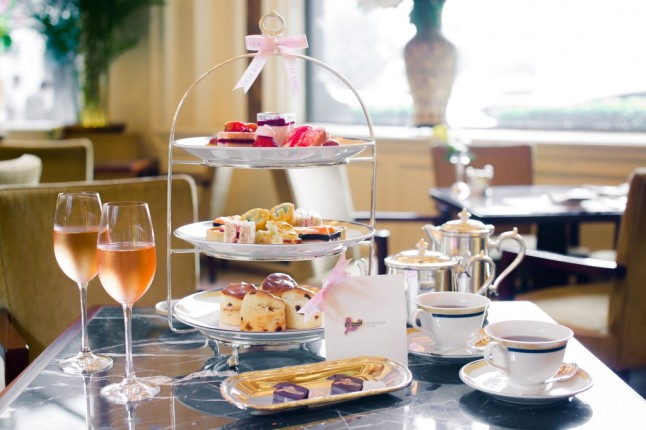The Peninsula en Rose Afternoon Tea