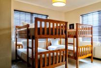 Tradewinds Residential Apartments & Hotel - Children's Bedroom