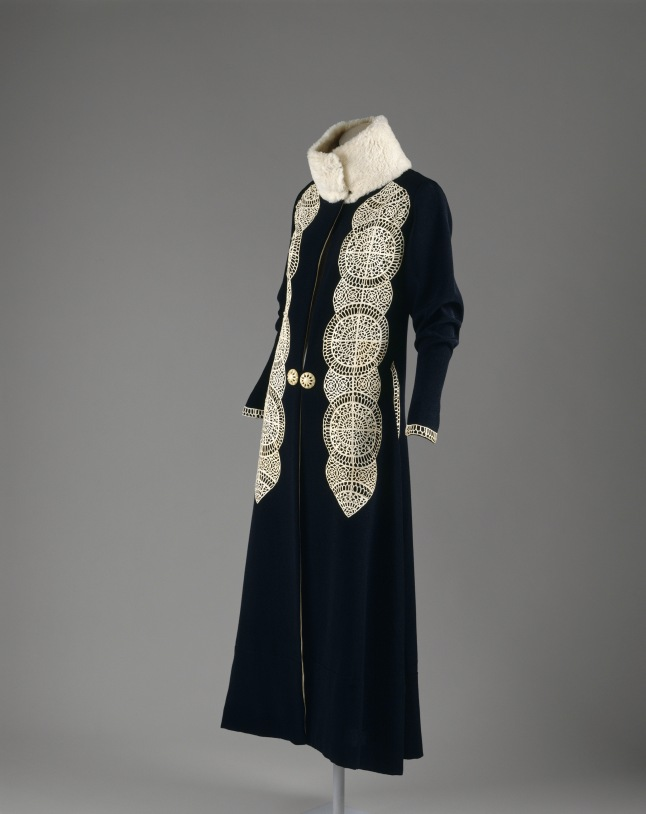 Coat, Paul Poiret, (French, 1879–1944), ca. 1919; The Metropolitan Museum of Art, Gift of Mrs. David J. Colton, 1961 (C.I.61.40.4). © The Metropolitan Museum of Art