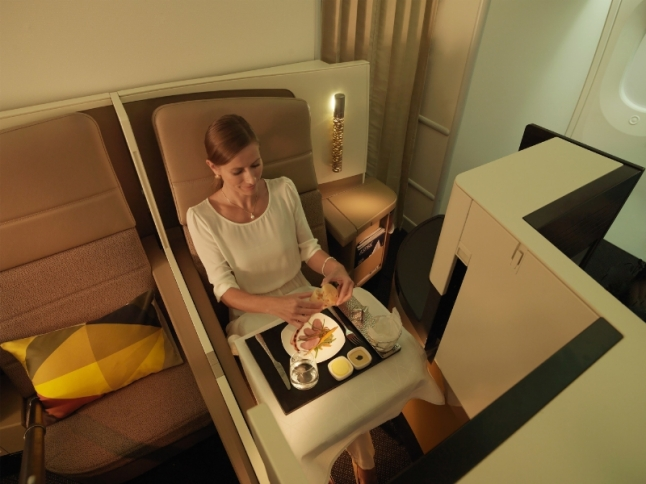Etihad Airways - A380 Business Studio Dining (PRNewsFoto/Etihad Airways)