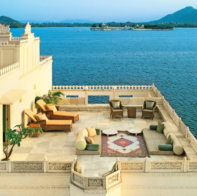 For 12 days you and a guest will experience the beauty of India through O'Harani Luxe Experiences.