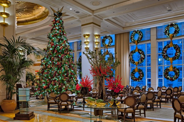 The Peninsula Chicago The Lobby Christmas
