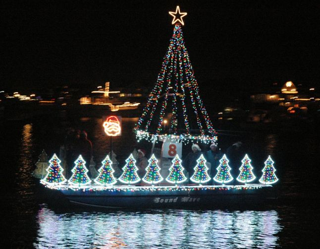 2012 North Carolina Holiday Flotilla Entry