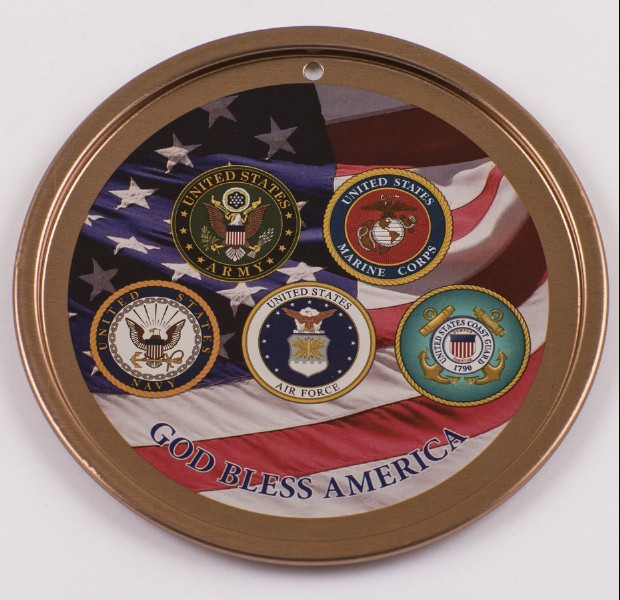 Spirit of Liberty Holiday Ornament Front (PRNewsFoto/The Spirit of Liberty Foundation)