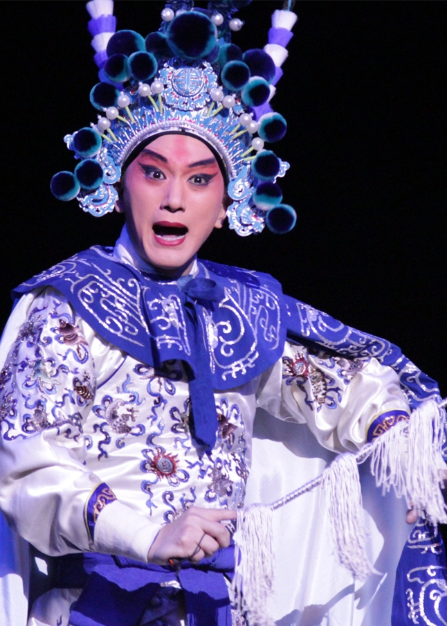 Shanghai Peking Opera's The Revenge of Prince Zi Dan based on Hamlet, featured at the Harris Theater of Music and Dance as part of Shakespeare 400 Chicago in 2016. Photo by EFE/Leopoldo Smith Murillo.