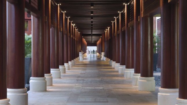 Long corridor in the lobby