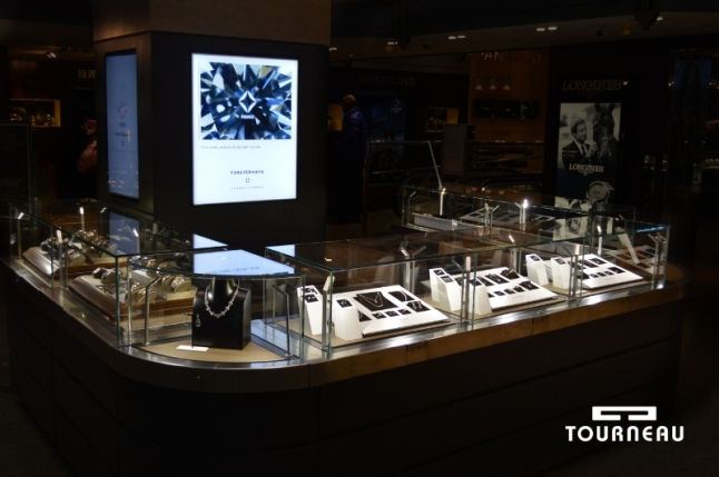 Forevermark at Tourneau (PRNewsFoto/Tourneau)
