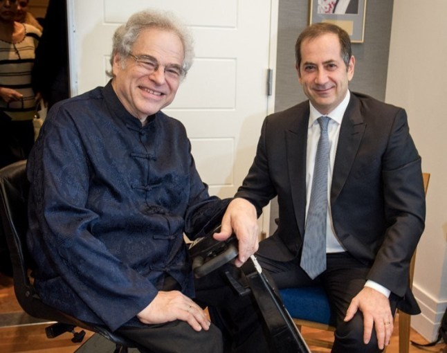 2016 Genesis Prize Laureate, Itzhak Perlman, meets Chairman and Co-Founder of the Genesis Prize Foundation, Stan Polovets (PRNewsFoto/The Genesis Prize Foundation)