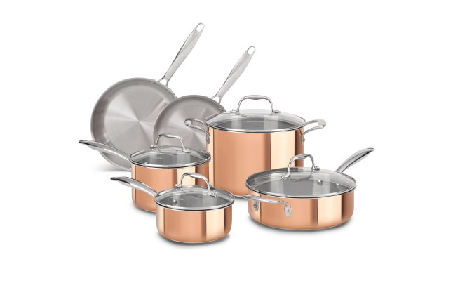 KitchenAid Tri-Ply Cookware is made with a 3-layer design of copper, aluminum and stainless steel for optimal heating and durability.