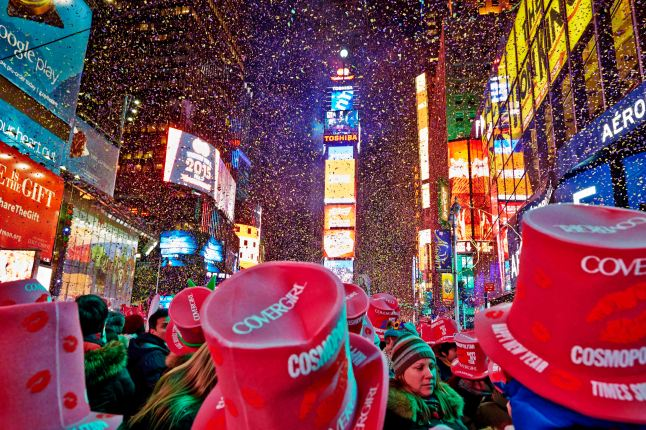 TOSHIBA 2015 New Year's Eve in TIMES SQUARE