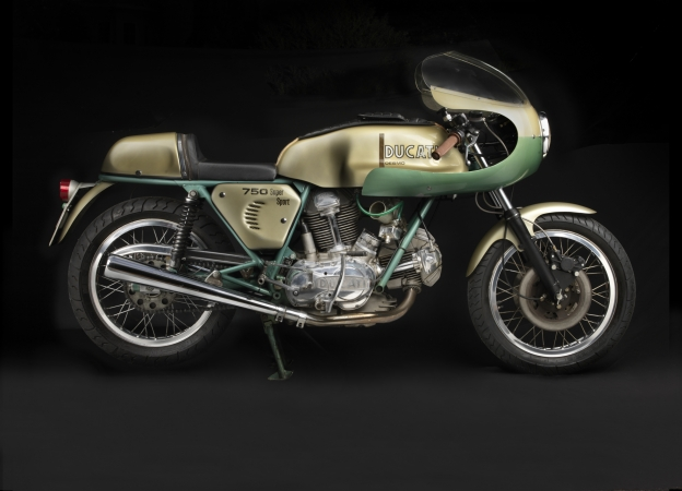 1974 Ducati 750 Super Sport. Collection of Somer and Loyce Hooker. Image © 2016 Peter Harholdt