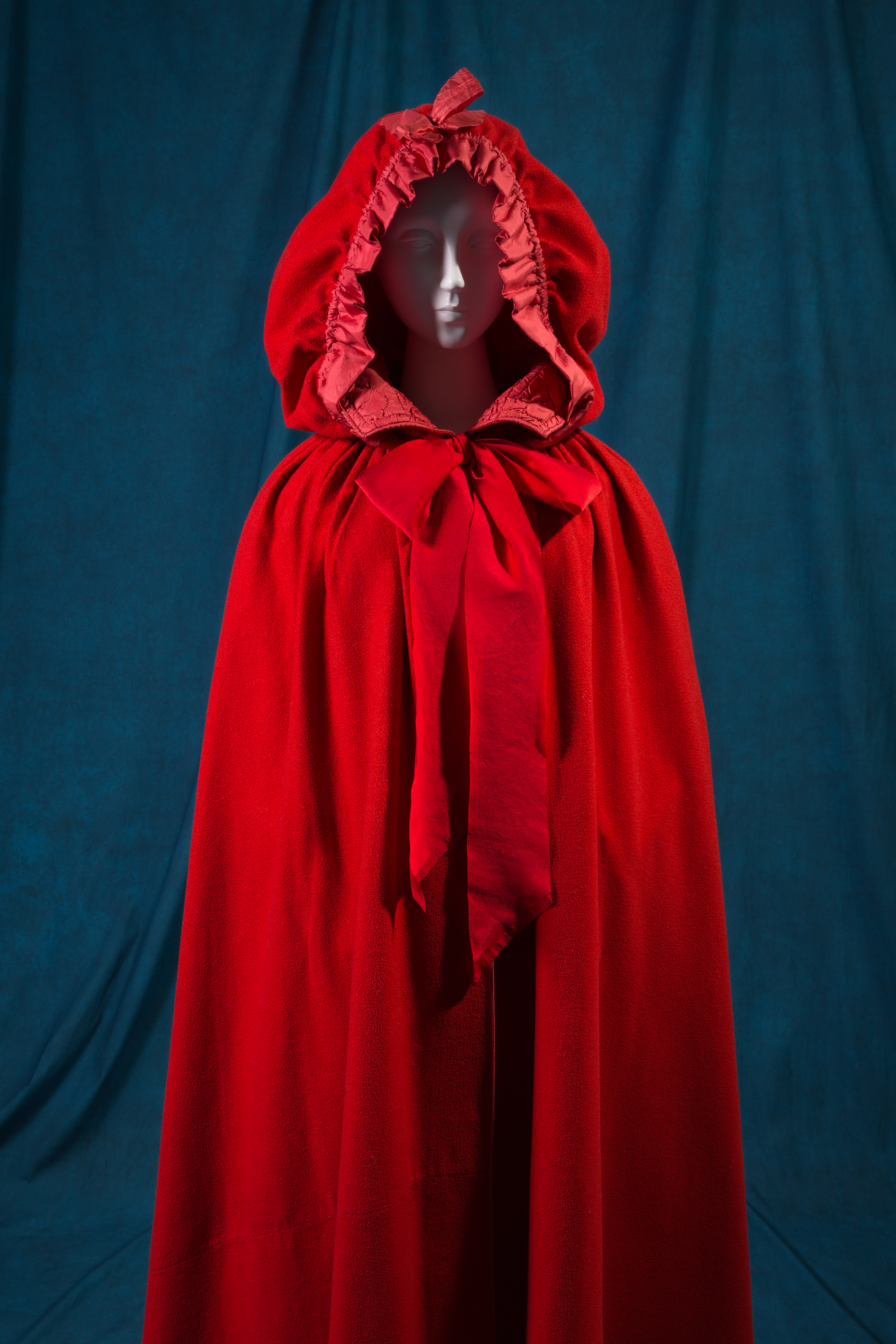 "Cape, late 18th century, England or USA. The Museum at FIT, 2002.36.1, photograph © The Museum at FIT (illustrating ""Little Red Riding Hood"")"