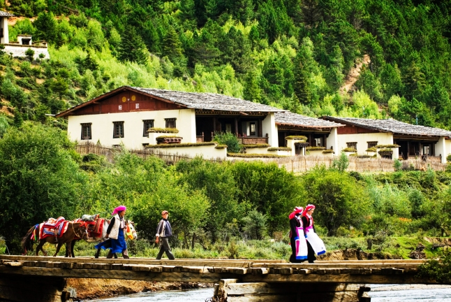 Photo Courtesy Banyan Tree Ringha, China/National Geographic Unique Lodges of the World