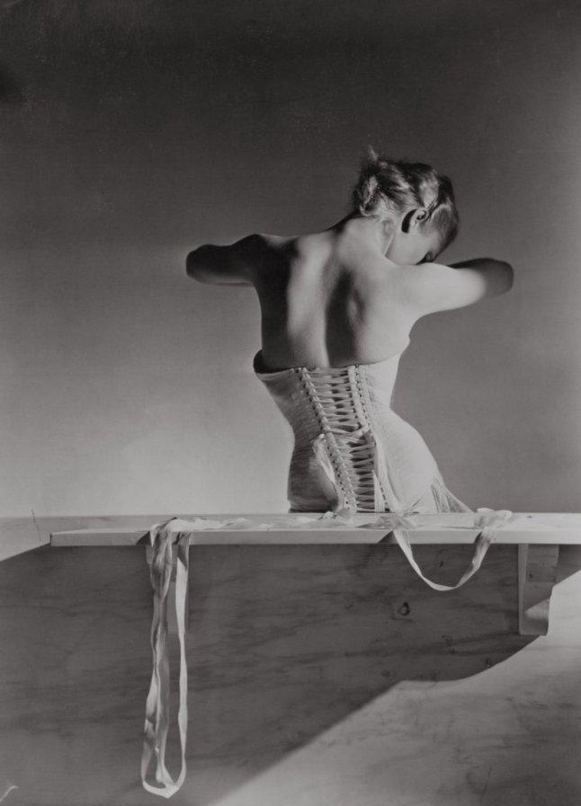 Corset by Detolle for Mainbocher 1939 © Condé Nast/Horst Estate