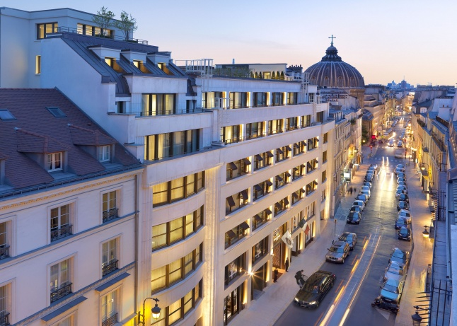 Exterior of Mandarin Oriental, Paris on the Rue Saint Honore