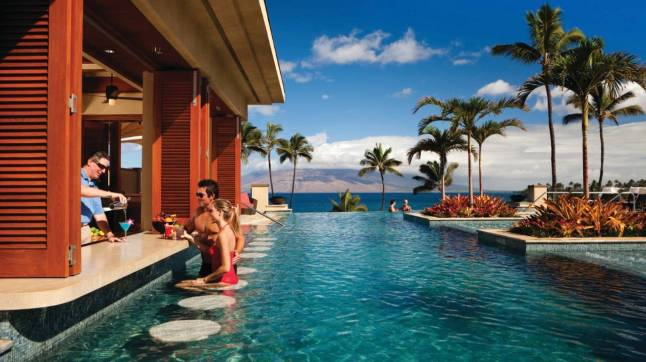 Four Seasons Resort Maui at Wailea  - SERENITY POOL SWIM-UP BAR