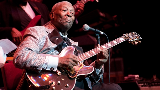 B.B. King performs on stage at the Royal Albert Hall. Photo: Kevin Nixon