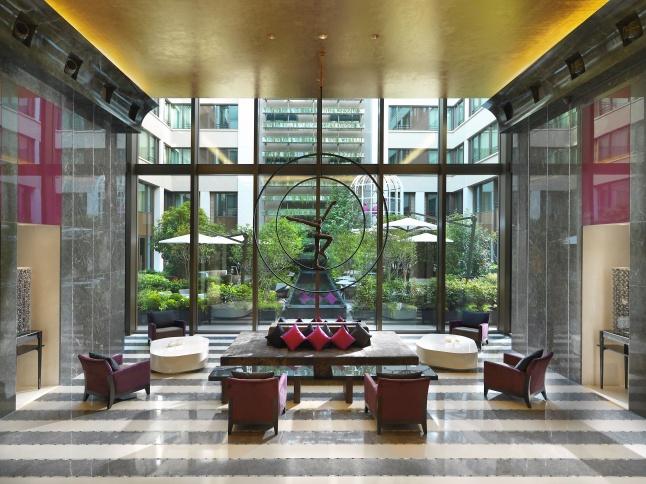 Mandarin Oriental, Paris Hotel Lobby