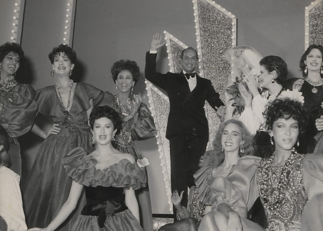 Oscar de la Renta with models at  the famed showdown at the Palace of Versailles in 1973