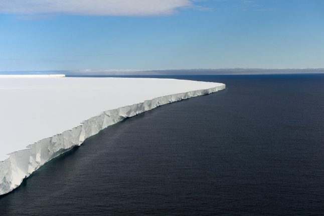 Ross Ice Shelf - (c) Michael Wenger - Oceanwide Expeditions