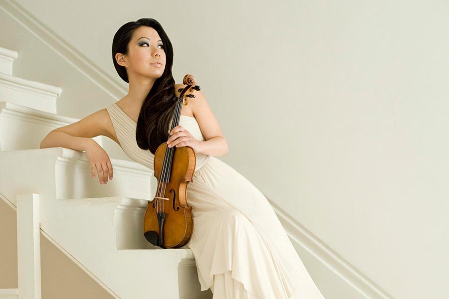 Sarah Chang with the Salastina Society Orchestra