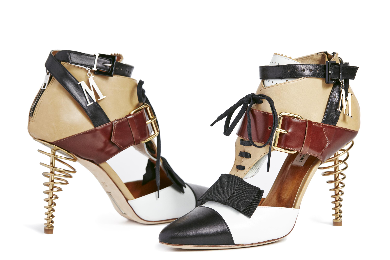 Box Spring Heel