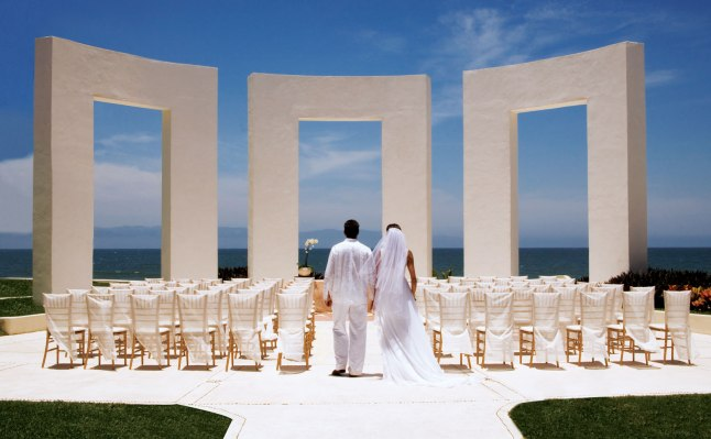 grand-velas-riviera-nayarit-wedding-package-top