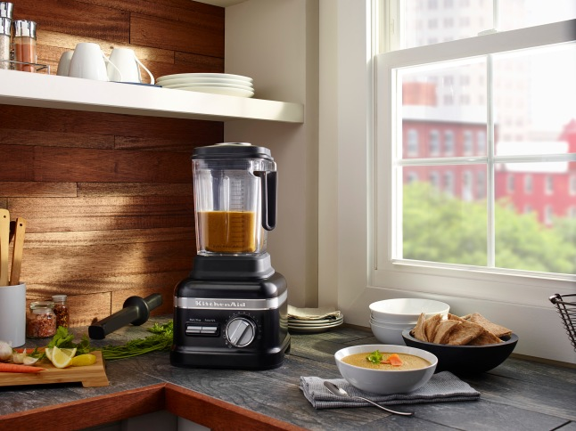 The upgraded models provide the added convenience of a dual-wall Thermal Control jar and three pre-set Adapti-Blend™ recipe programs for Soup, Juices and Smoothies.