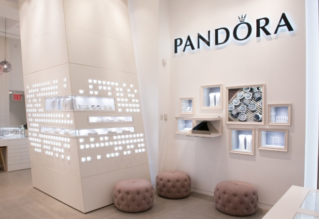 PANDORA Jewelry Westfield World Trade Center