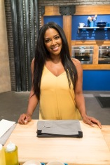 Contestant Kenya Moore as seen on Food Network's Worst Cooks in America: Celebrity Edition, Season 9.