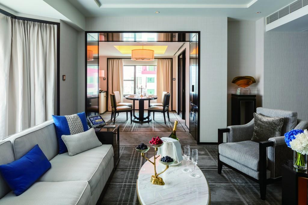the-peninsula-beijing-beijing-suite-living-room-3