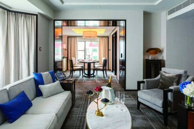 the-peninsula-beijing-beijing-suite-living-room-3